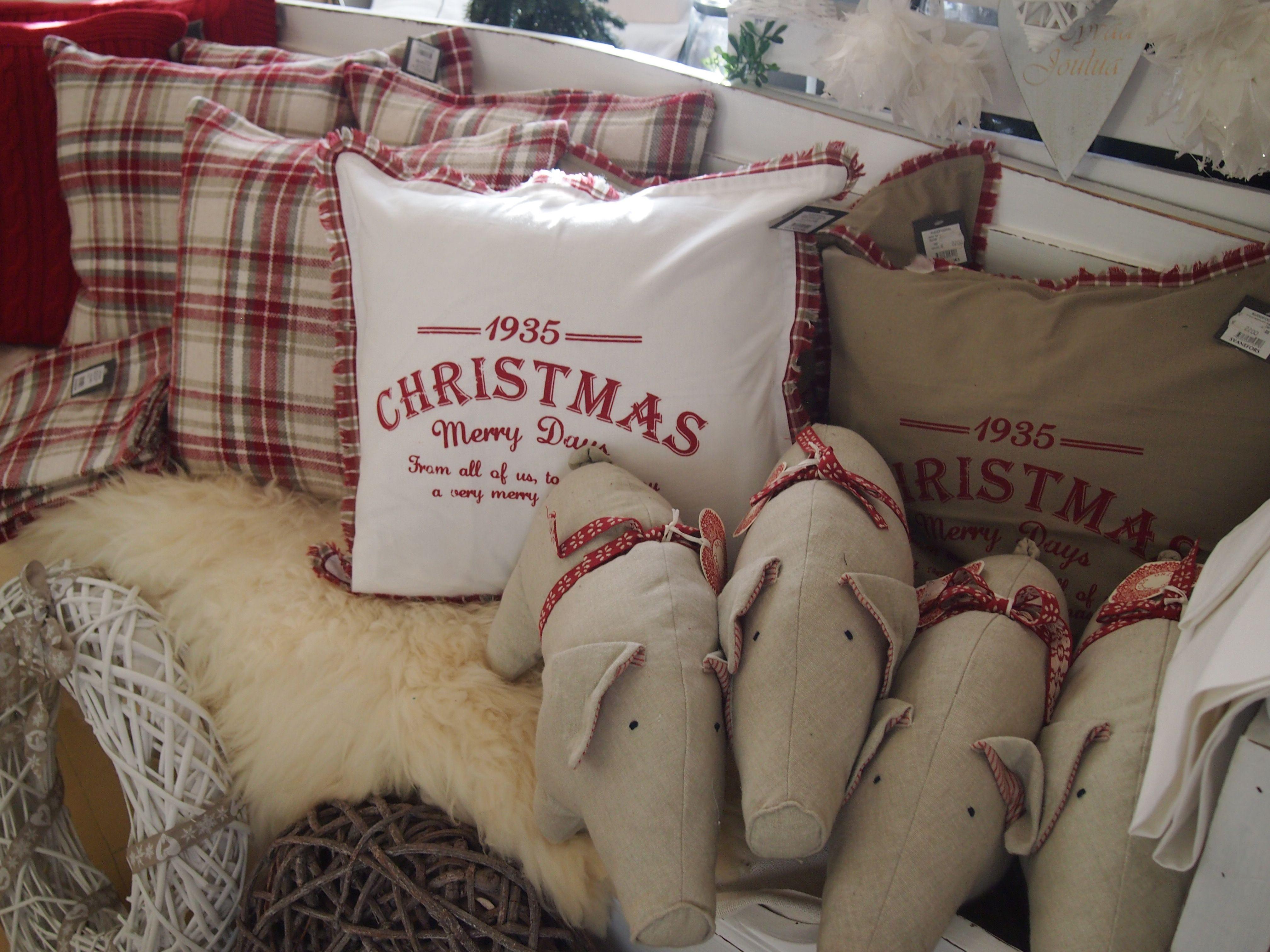 Joulun pehmoiset sisustustekstiilit