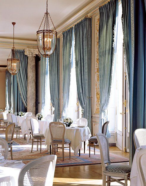 Curtain Call 7 Dramatic Drapes Dining Room Blue Damask