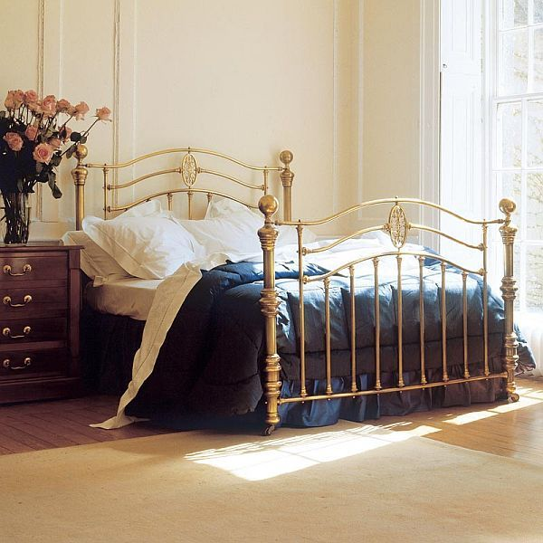 Decorate With Brass Beds Beauty In The Boudoir Home