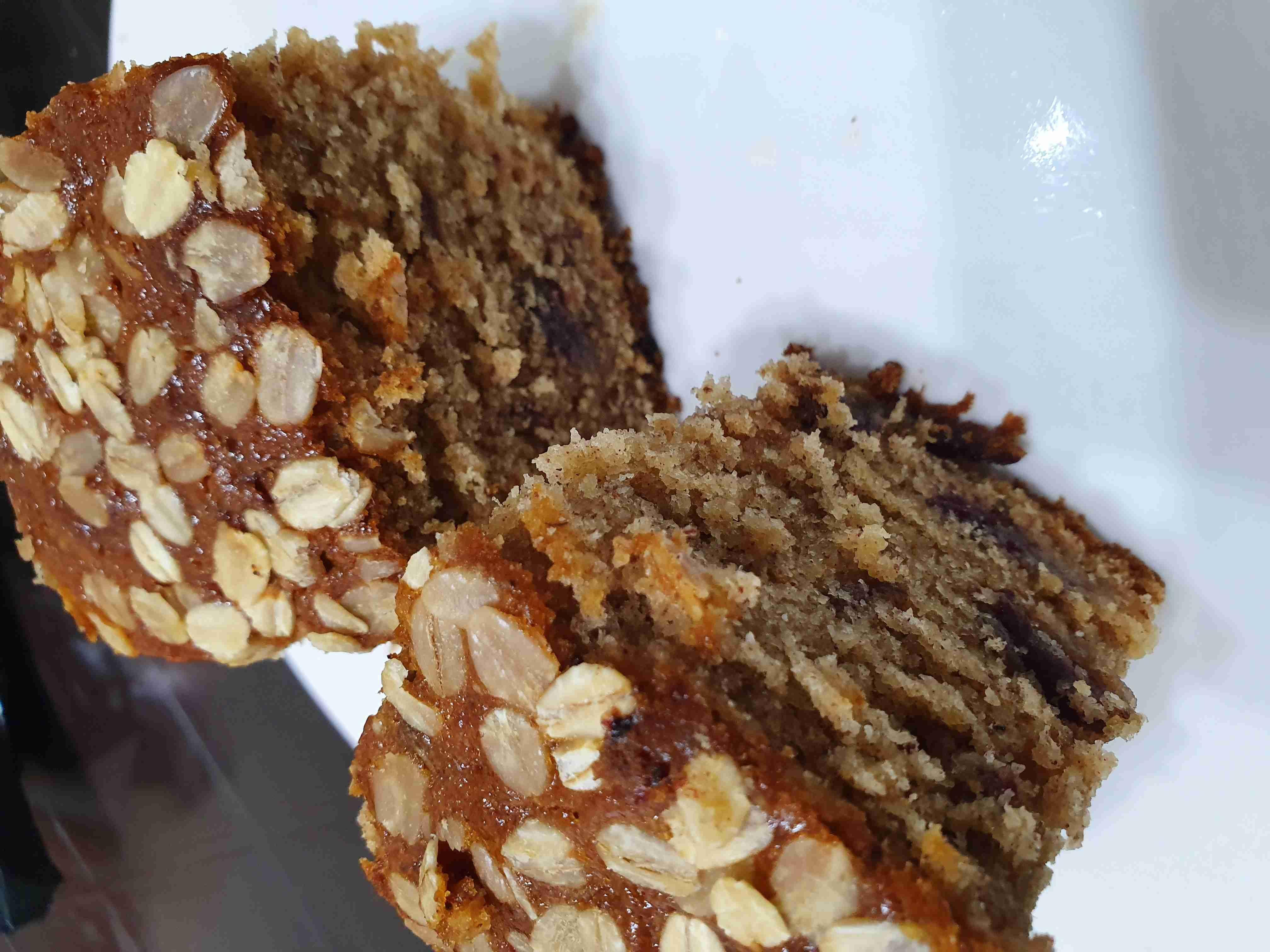 كيكة التمر والشوفان زاكي Recipe Desserts Food Yummy