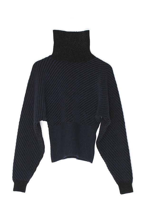 Height Collar Crop Sweater