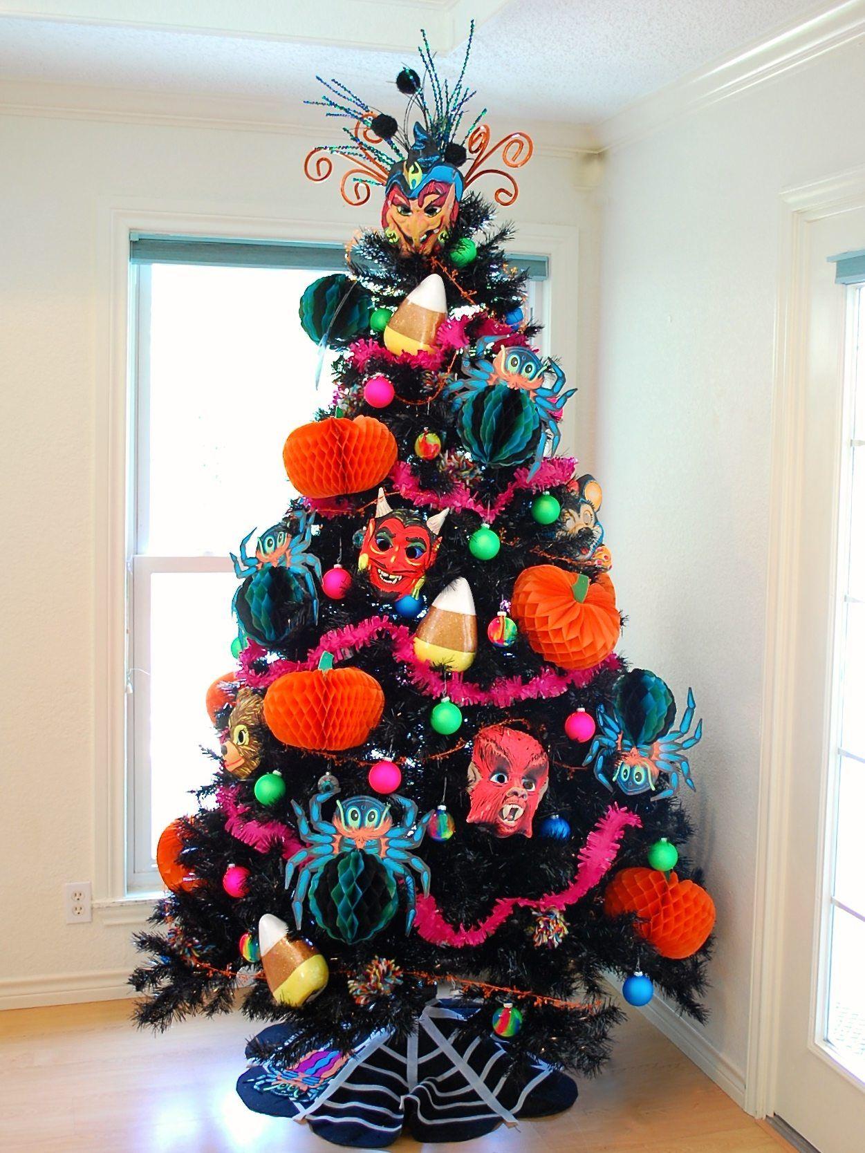 Kitsch Felt NoSew Halloween Tree Skirt Jennifer Perkis
