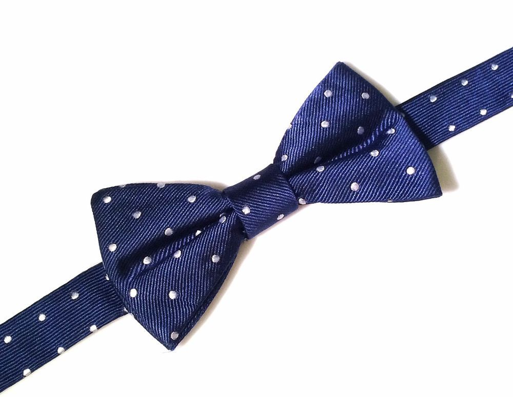 NEW Tommy Hilfiger Blue White Silk Polka Dot Bow Tie Neckwear Adjustable Bowtie #TommyHilfiger #BowTie #Neckwear #MensFashion #Silk