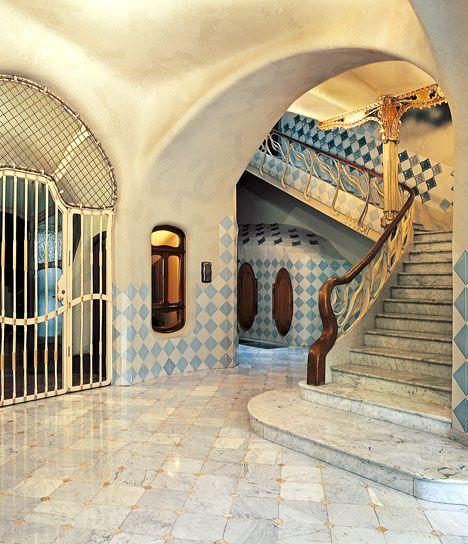 Casa Batll Interno  Luoghi da Visitare Barcellona