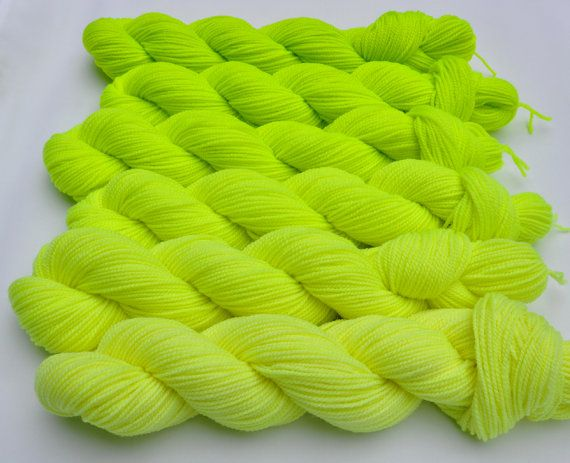 I Bought This With Cool Parade Progression To Make Sari Coolant Yellow Fluorescent Gradated Yarn Set Yellow Fluorescent Toddler Coloring Book Yarn