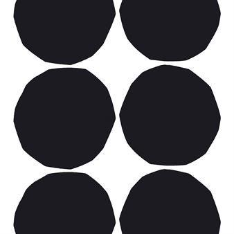 Isot Kivet -kangas Marimekolta on Maija Isolan suunnittelema. Ajaton kangas eleganteilla, mustilla ympyröillä on oiva valinta, jos haluat kotiisi uutta ilmettä vaivattomasti. Isot kivet -kangas on helppo yhdistää tyyliin kuin tyyliin ja se soveltuu niin verhoksi kuin tyynynpäälliseksi.