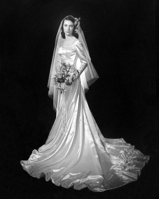 Vintage Wedding Gowns Pictures: Chic Vintage 1940s Bride - Carolyn Dubrin