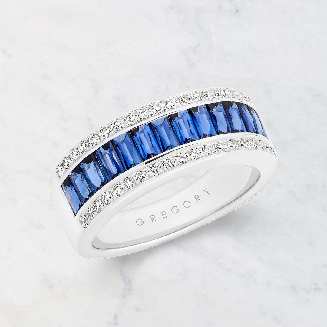Beautiful Elegant And Classic Comes The Sapphire And Diamond