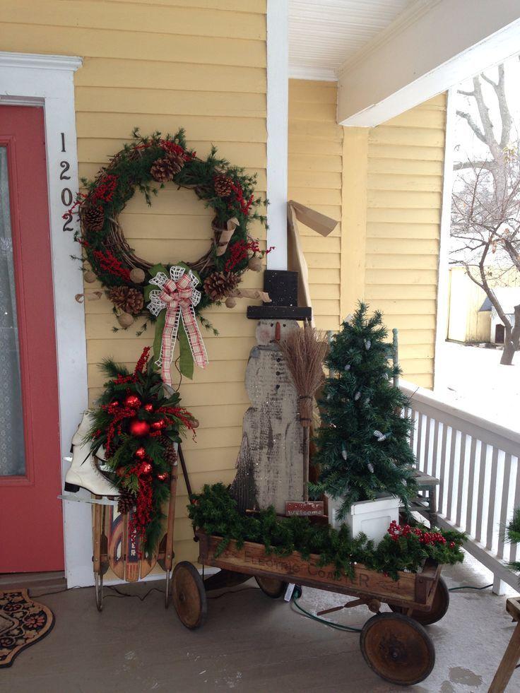 C49eac8d136e00d99dc6539d00613fb3 Jpg 736 981 Christmas Porch Decor Christmas Outdoor Christmas Decorations