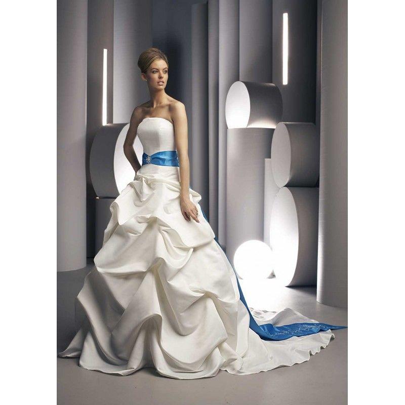 royal blue wedding dresses | blue-wedding-dresses-blue-and-white ...
