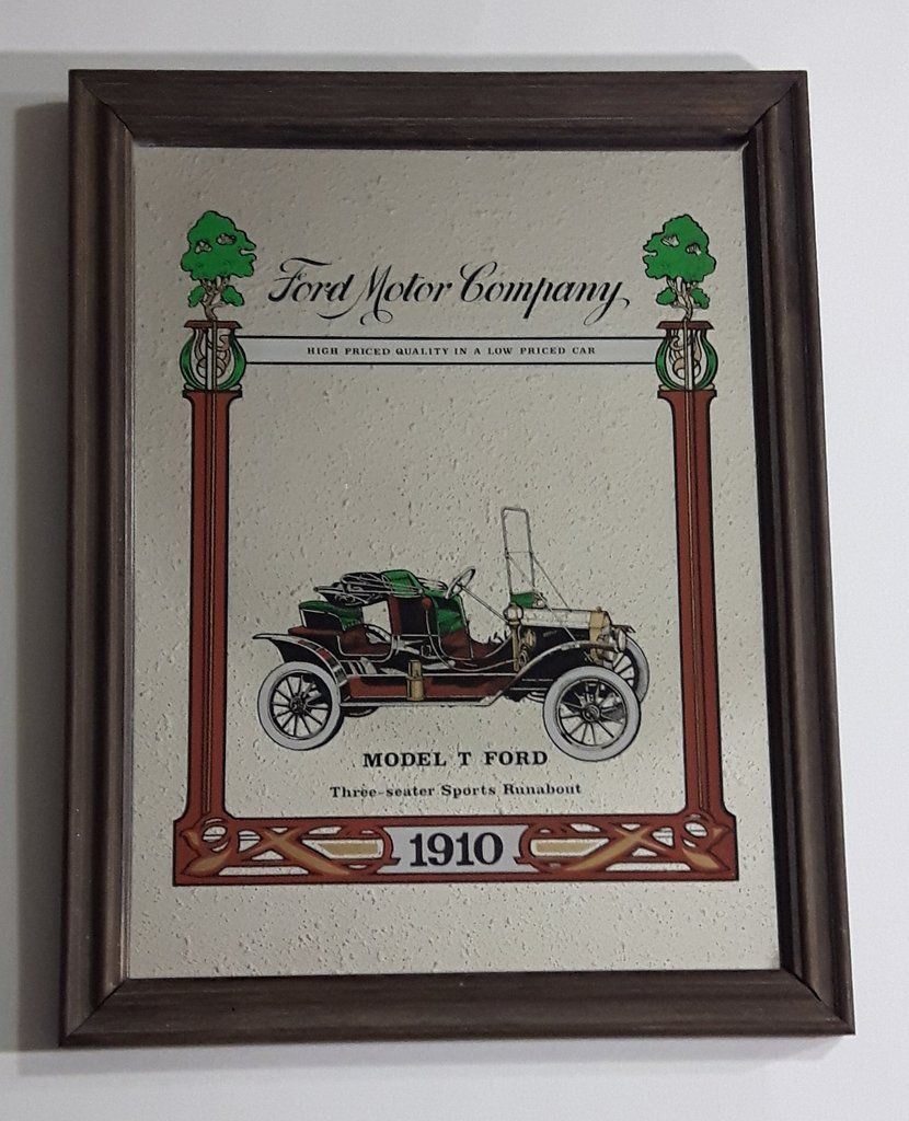 Antique Ford Motor Company 1910 Model T Ford Three Seater Sports