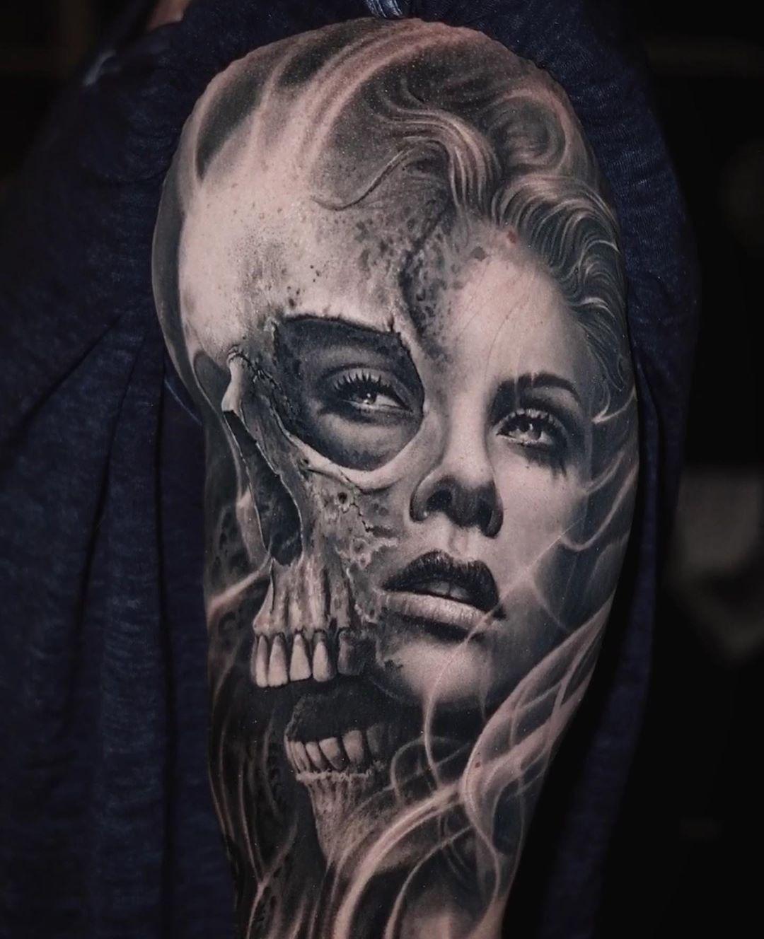👩🏻 🙏🏻⚡👏 Woman & Skull Artist: @joseecd Country: US ——————————————————————— ⚜️FOLLOW⚜️ @skingiants for daily tattoos! Sharing only the best tattoos Artists on instagram —————————————————————— #realismtattoo #blackandgreytattoo #skingiants #tattooist #tattoolove #tattooed #tattoosleeve #tattoodesign #tattoolover #tattooworld #tattoosofinstagram #tattoolovers #tattooarm #inked #tat #tats