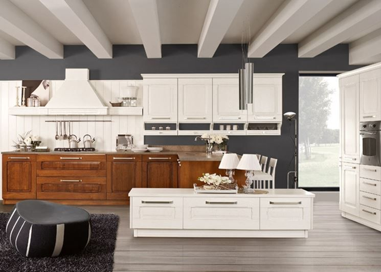 Perché scegliere tra classico e moderno? In cucina esiste anche il ...