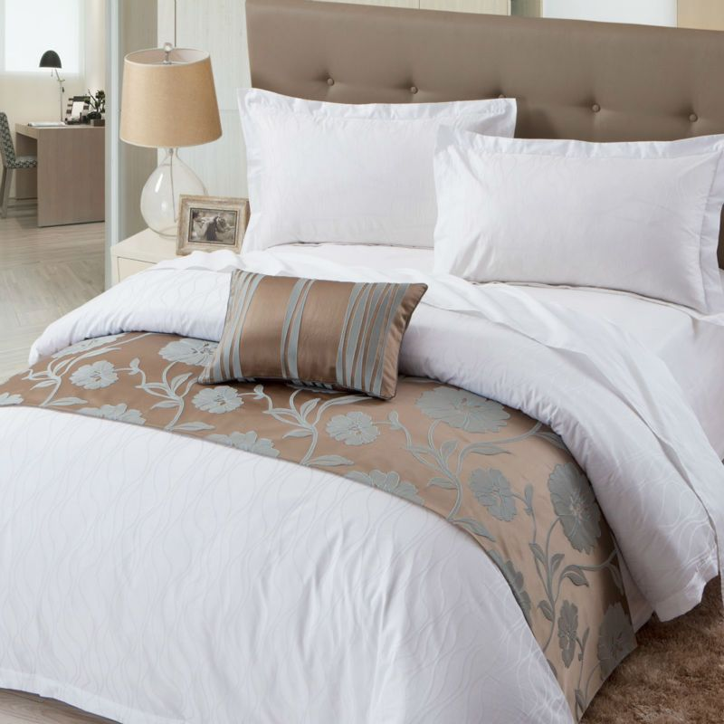 Best Hotel Bed Runner Luxury Bedspread Decorative Bed Runner 400 x 300