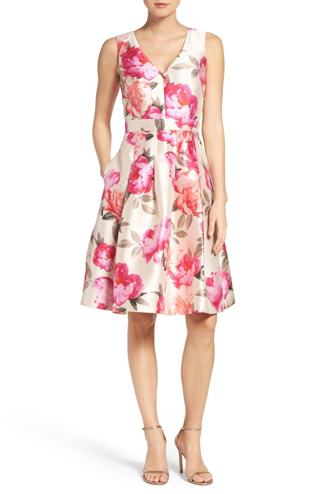 Asombroso Vestido De Novia Eliza Ideas Ornamento Elaboración ...