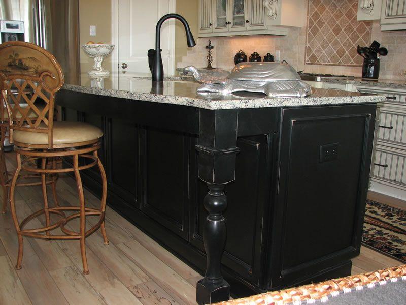 Kitchen island designs kitchen islands kitchen island - Kitchen island ideas with sink ...