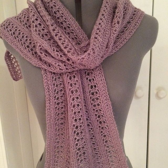 A Simple Lacy Scarf With Five Panels Of Branching Pattern Repea