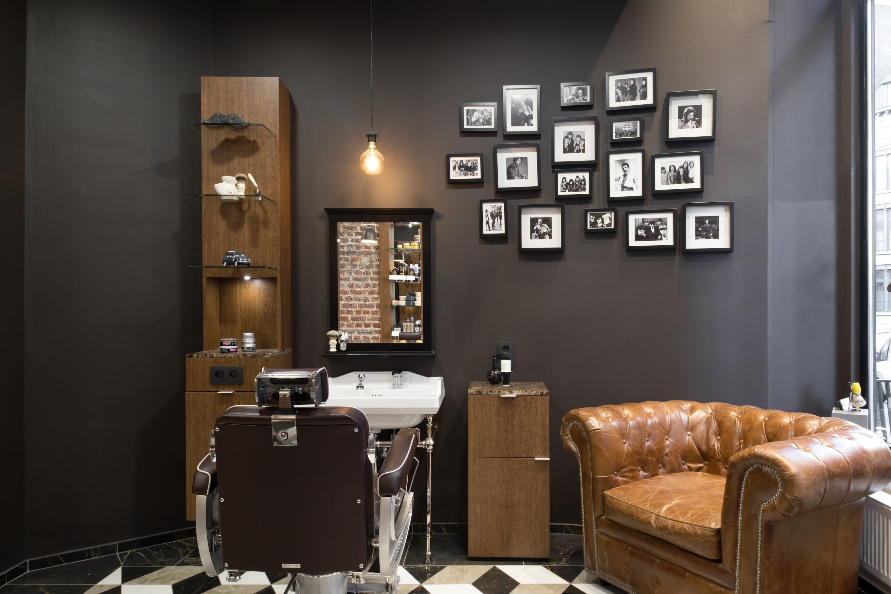 Barber shop barbershop kapsalon gammabenelux kapper for Kapper meubels
