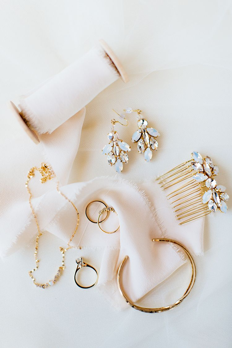 Accessories For The Contemporary Bride The Pink Bride Wedding Accessories For Bride Bride Accessories Jewelry Bridal Accessories Earrings