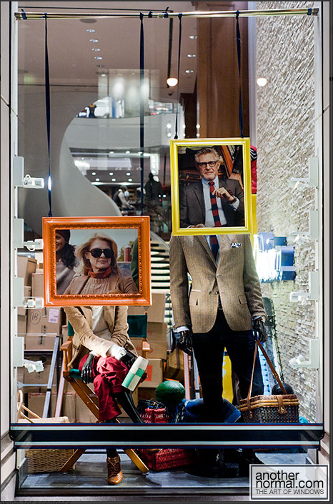 Tommy Hilfiger Window Display  http://www.anothernormal.com/tommy-hilfiger-windows-august-2010meet-the-hilfigers/