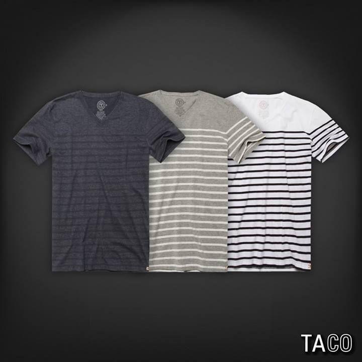 T-shirt gola v listrada fio tinto.