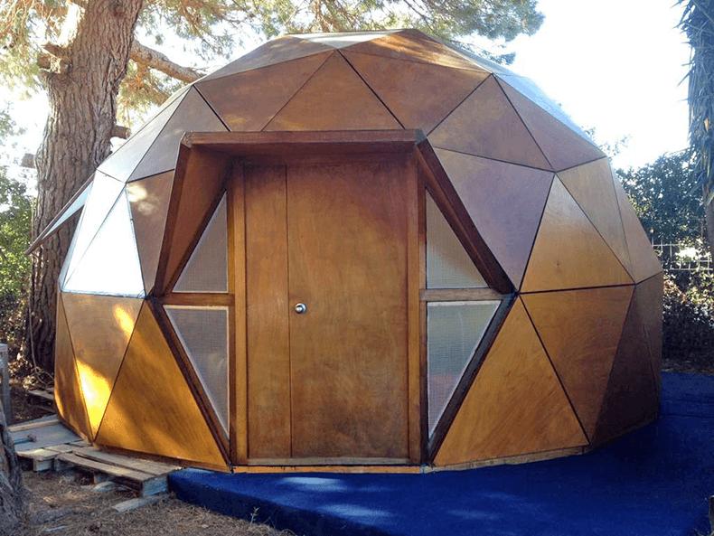 Domo vivienda casas raras pinterest casa domo domos - Casas geodesicas ...