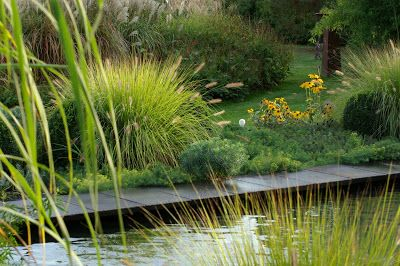 paradis express les jardins de la poterie hillen yard. Black Bedroom Furniture Sets. Home Design Ideas