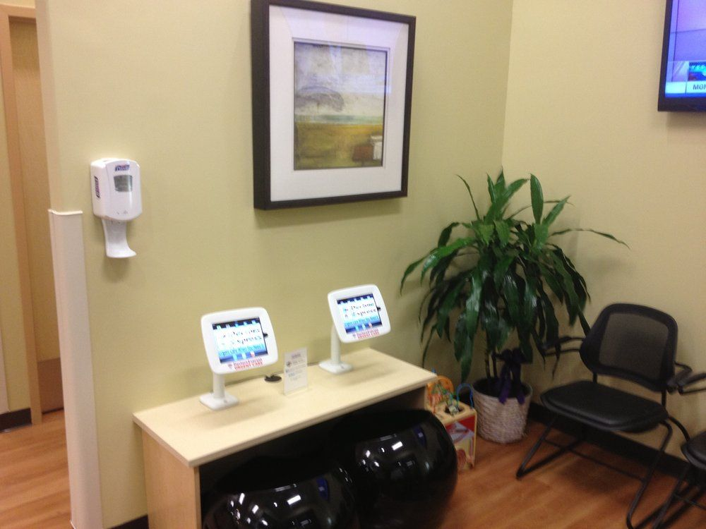 AFC/Doctors Express Urgent Care Kids iPad Station in