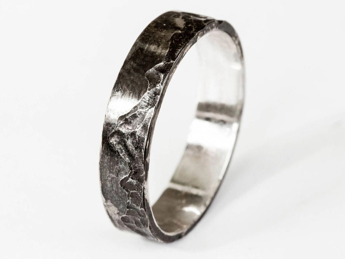 Oore Mountain Sterling Silver Men S Wedding Band Mensweddingrings Mens Silver Wedding Bands Mens Wedding Rings Mens Wedding Rings Unique