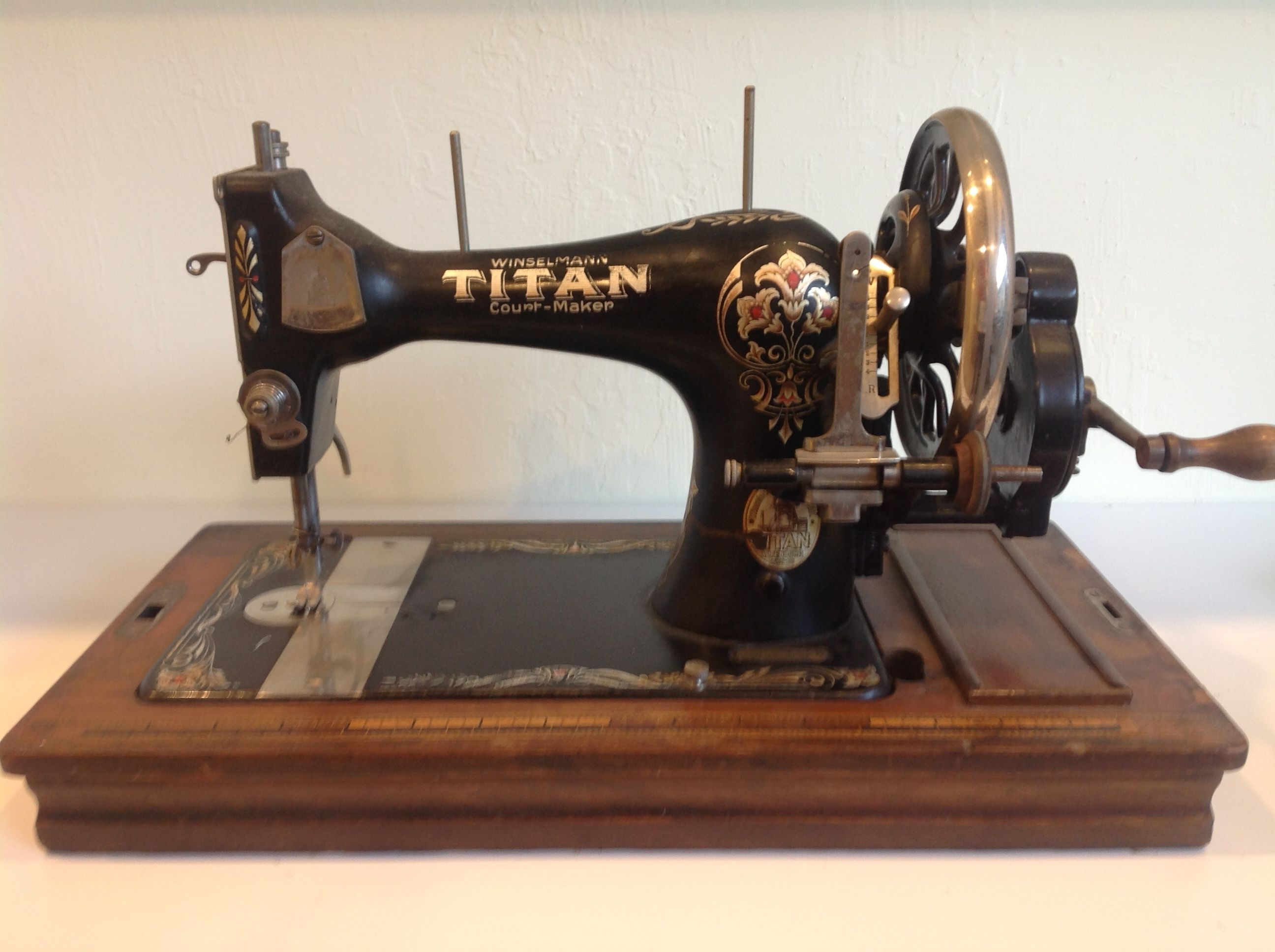 1895 ANTIQUE SINGER SPHINX SEWING MACHINE PARTS Free Shipping