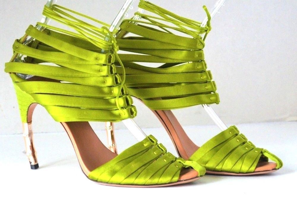 d48c500af Gucci Tom Ford Green Corset Crocodile Bamboo Runway Sandals US 9 IT 39   Gucci  Strappy  Formal
