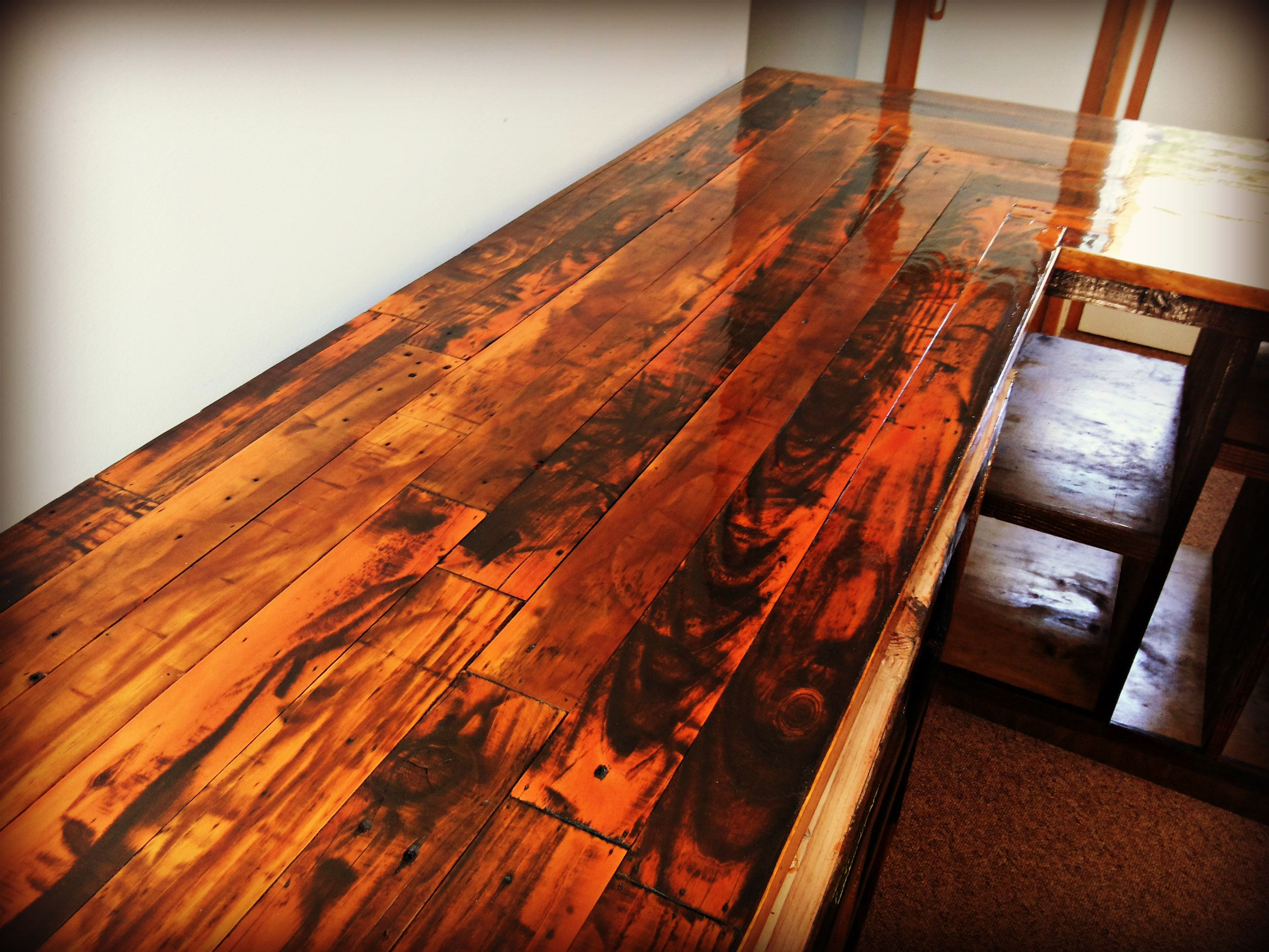 Kitchen countertop made with reclaimed pallet wood for Pallet kitchen