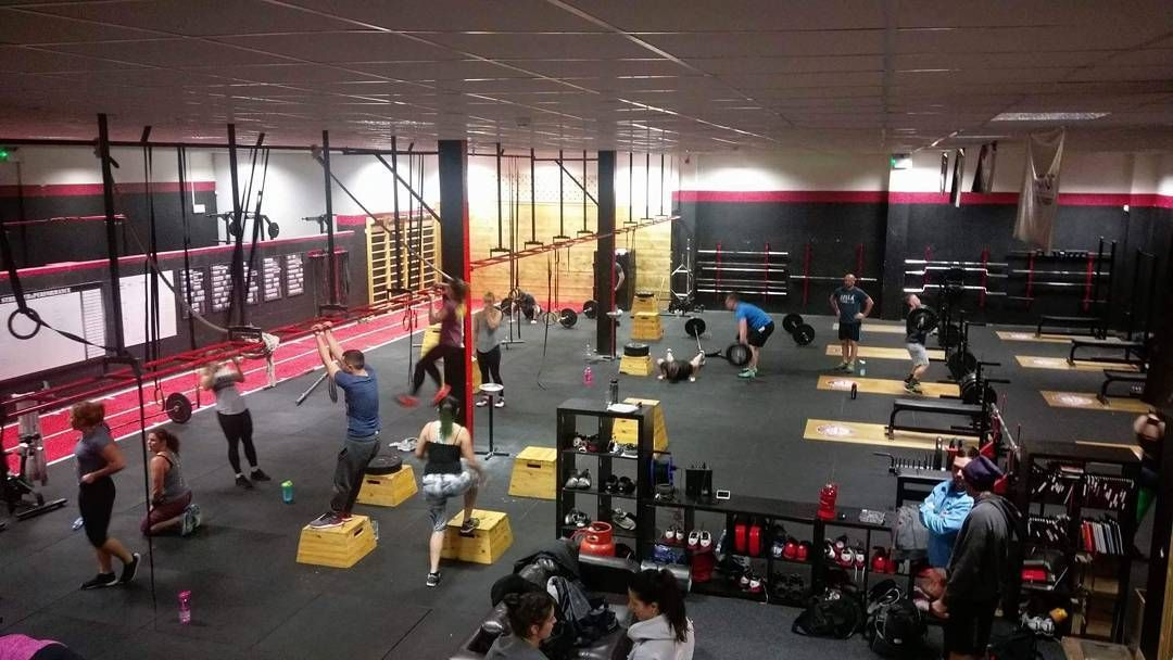 Gym Hopping This Eve Teamtuesdays Are Always The Most Fun Workouts Of The Week Csp Teamcsp Gym Bray Wicklow Ireland Fun Workouts Gym Wicklow