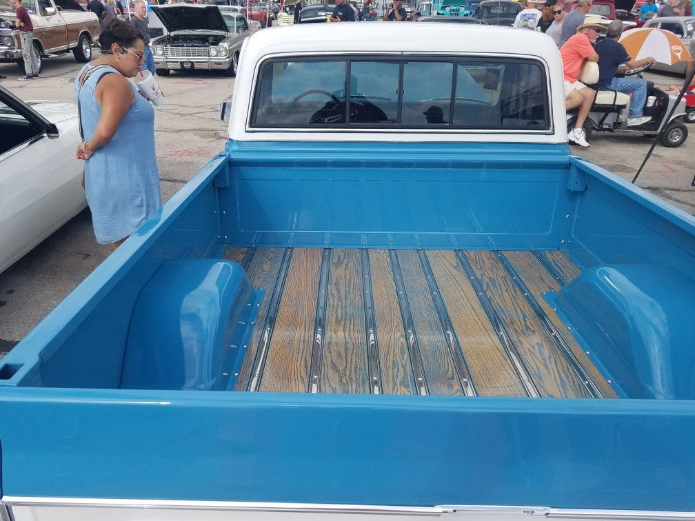 1969 72 Chevy C10 Truck Woodgrain Bed With A Touch Of Blue Db