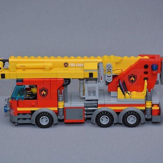 Lego brandbil