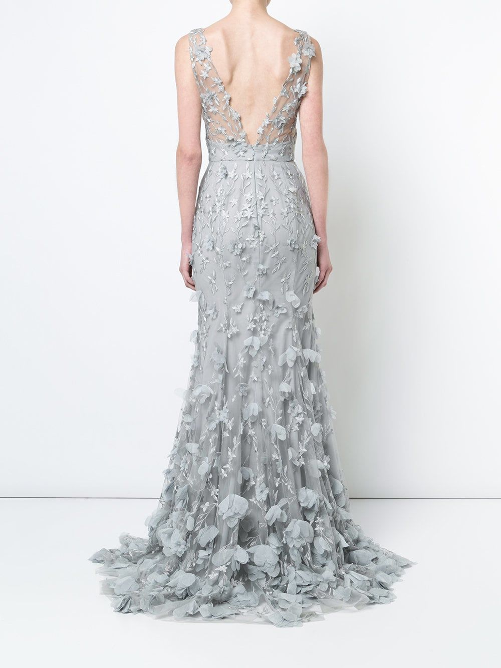 33cf363104766 Marchesa Notte 3D floral plunge gown | Costuming in 2019 | Marchesa ...