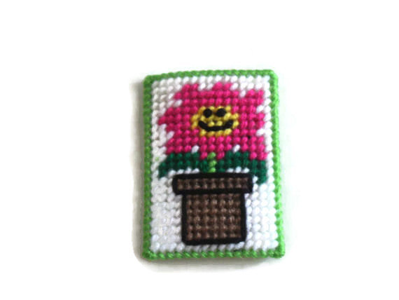 smiley flower gift card holder plastic canvas