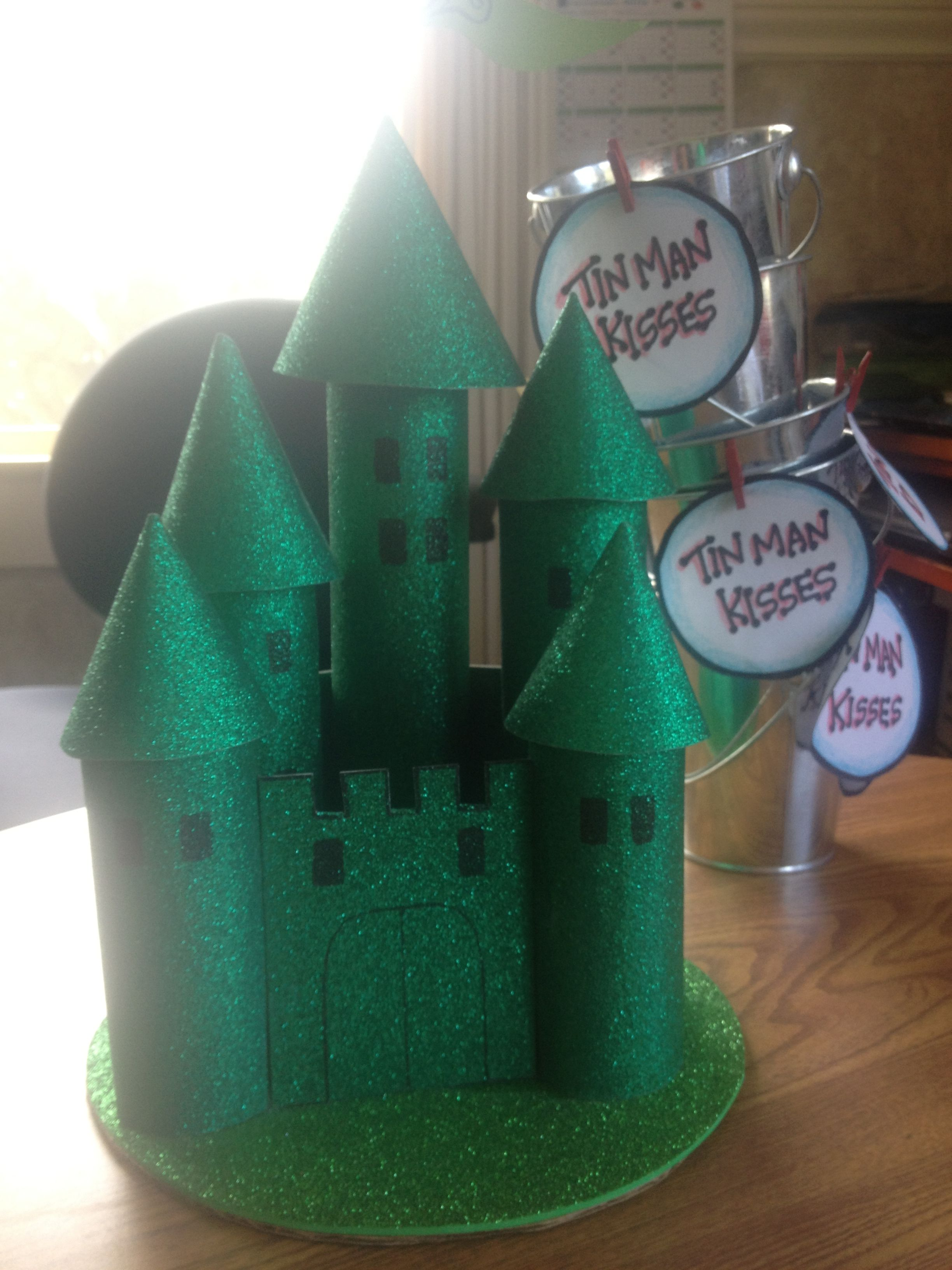 Wizard Of Oz Decor For Birthday Party This Castle Is Made