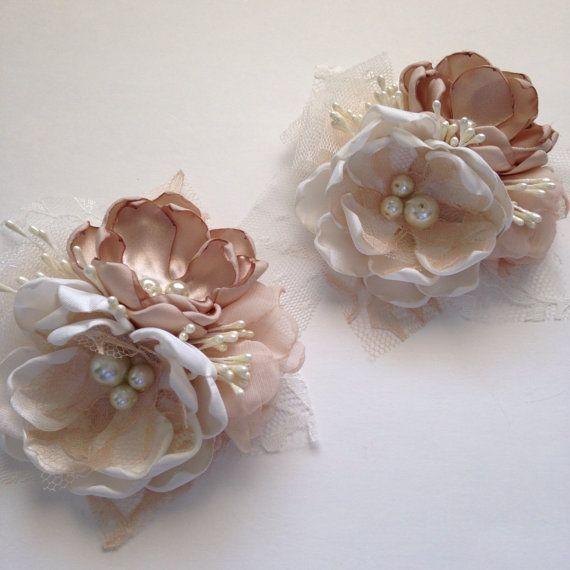 Pin corsage cream and champagne corsage by thevintagecabbgerose wedding bells flores de tela - Flores de telas hechas a mano ...