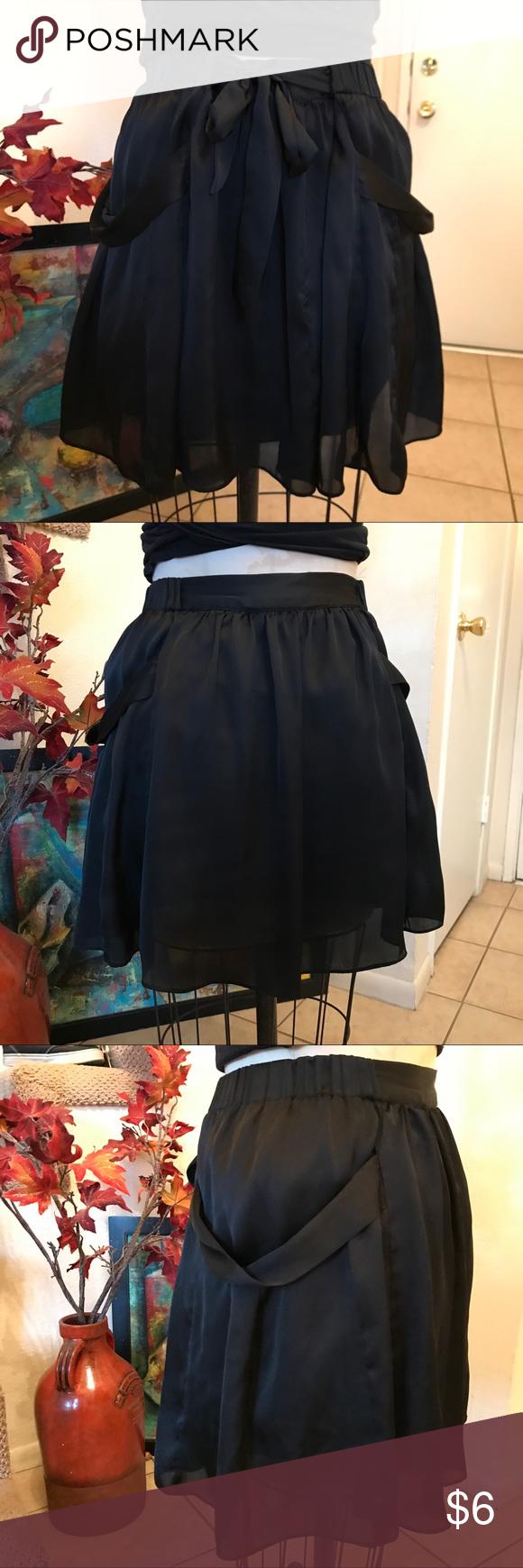 Forever 21 Skirt SZ Large Forever 21 Skirt SZ Large Rory Beca Skirts Circle & Skater