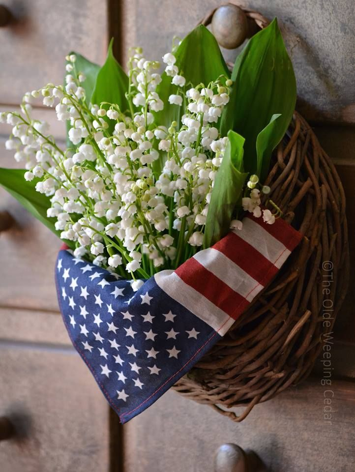 Patriotic Floral Arrangement for Memorial Day Fourth