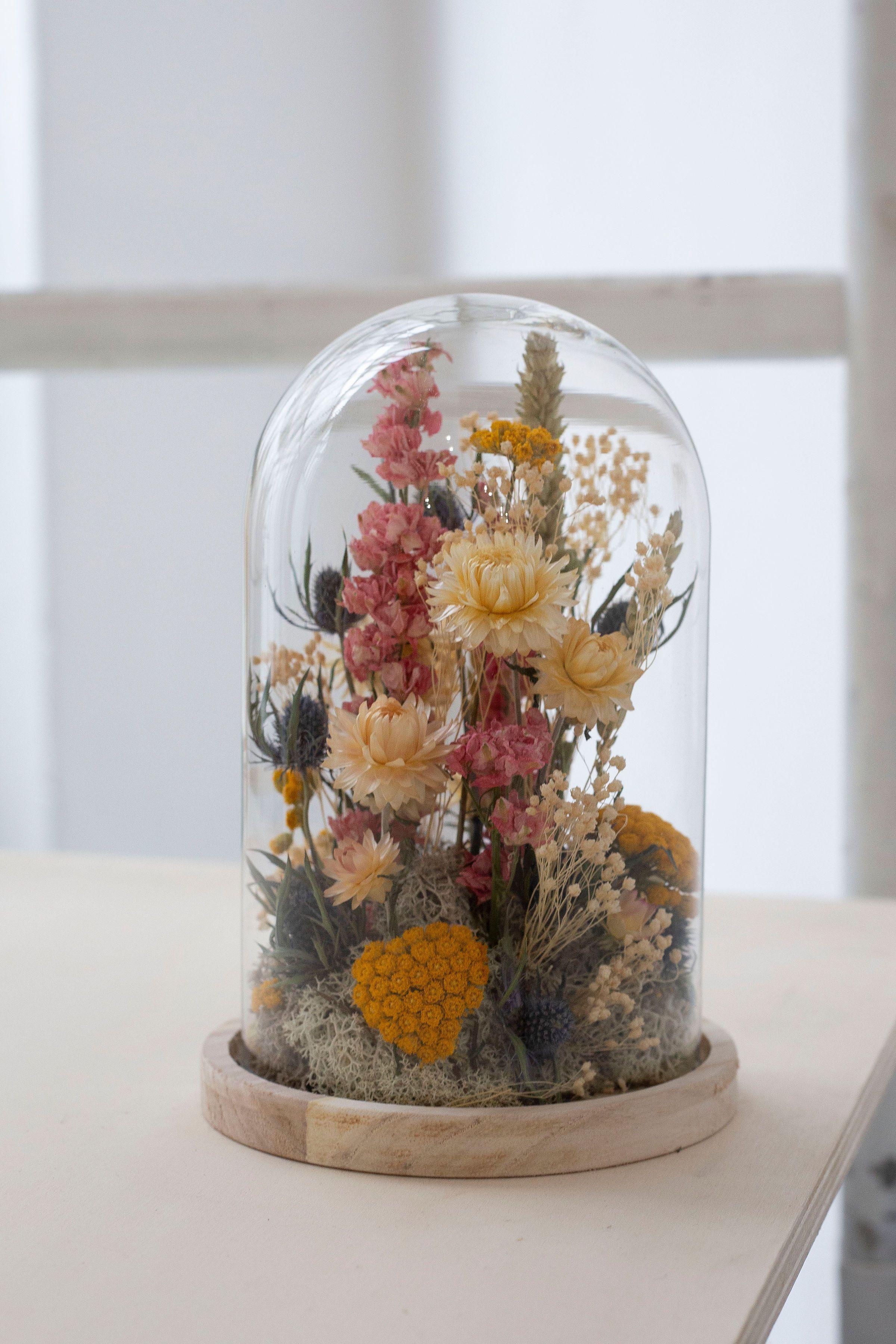 Flower Bell In 2020 Dried Flowers Dried Flower Arrangements