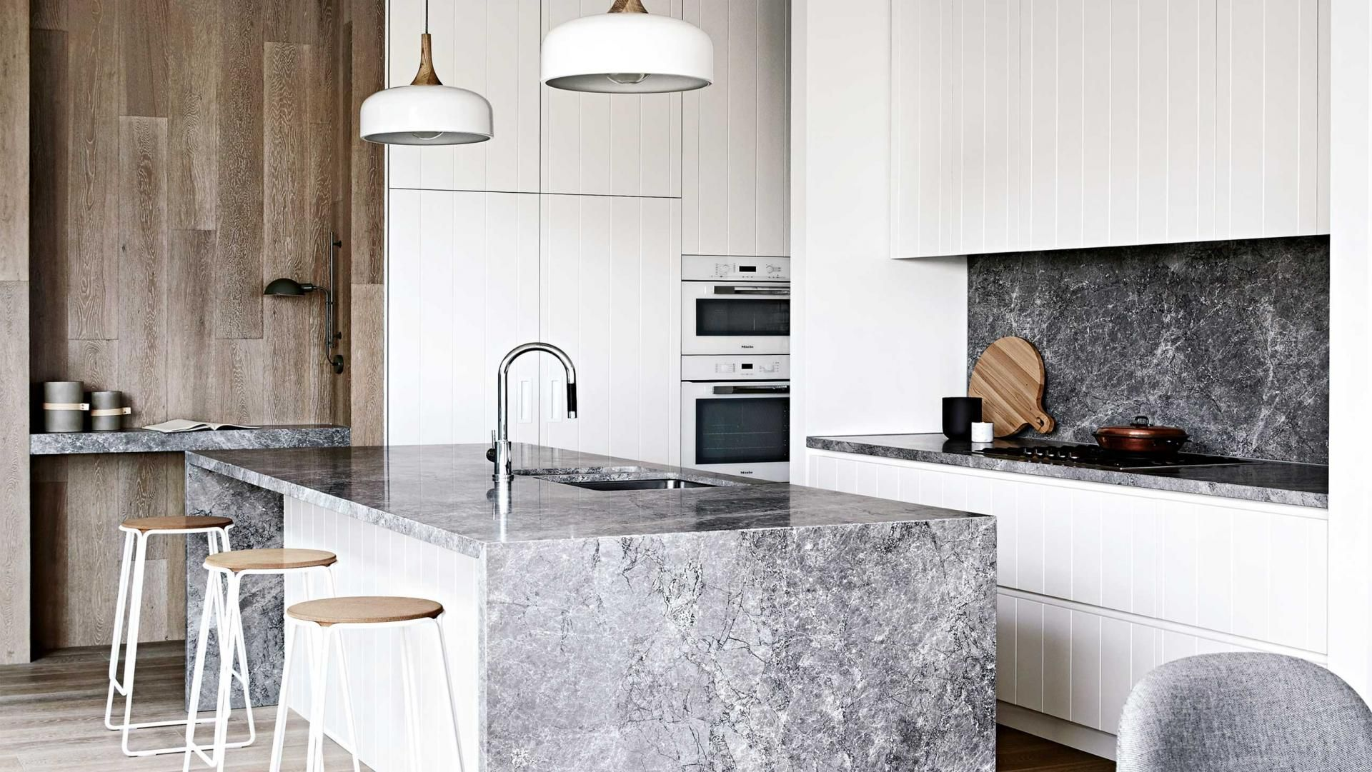 kitchen-grey-stone-bench-top-Findlay-home-dec15 | Lägenhet Inspo ...
