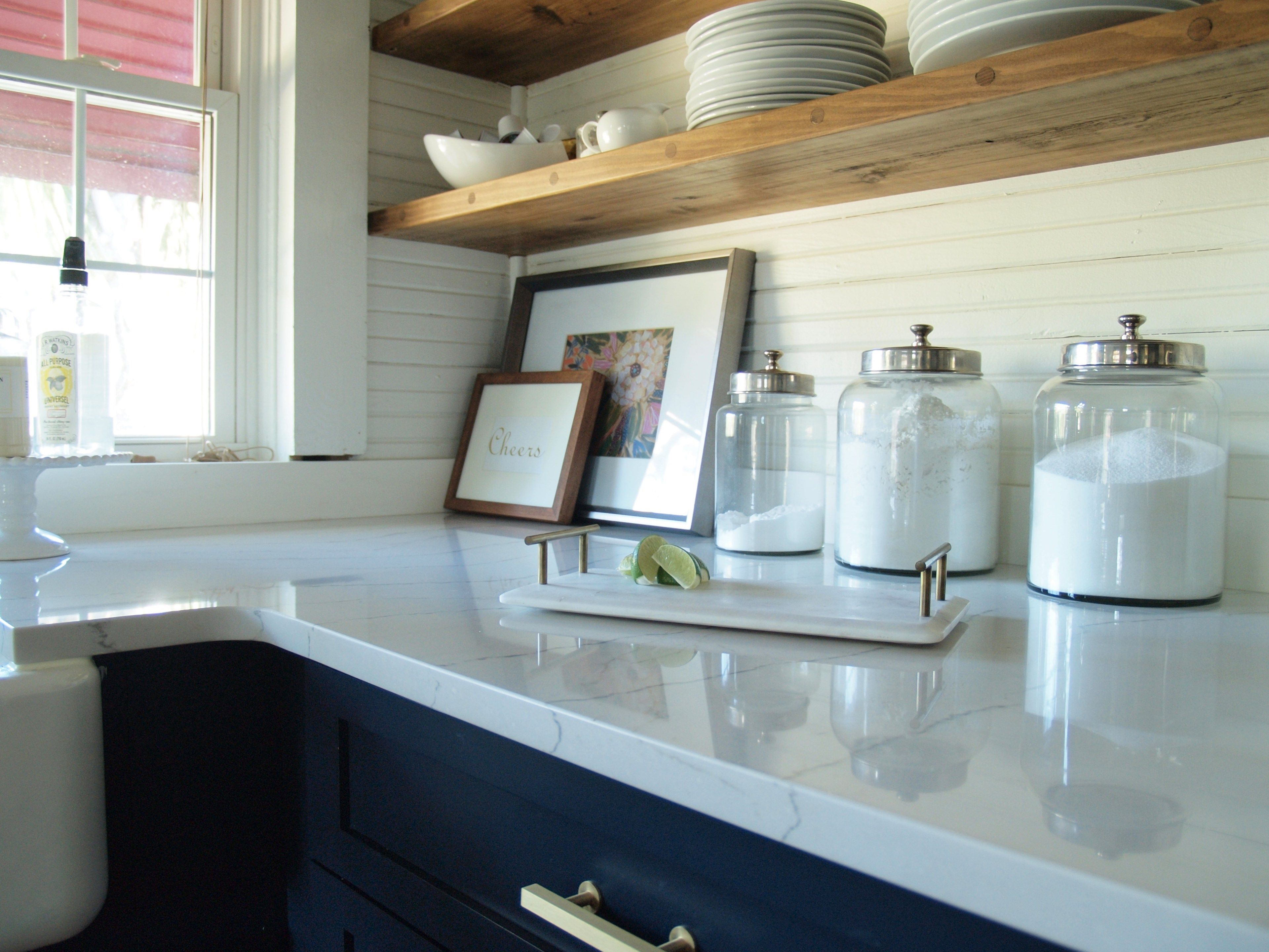 Navy kitchen cabinets with open shelving | Interior Inspiration ...