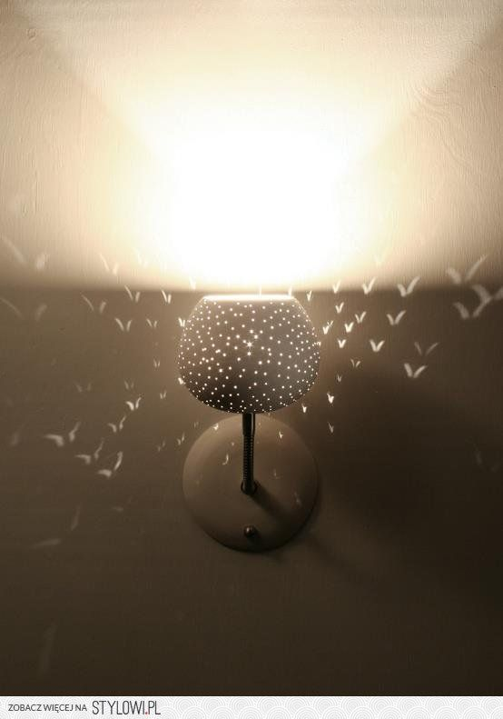 The Light This Lamp Cast On The Wall Looks Like A Flock Of