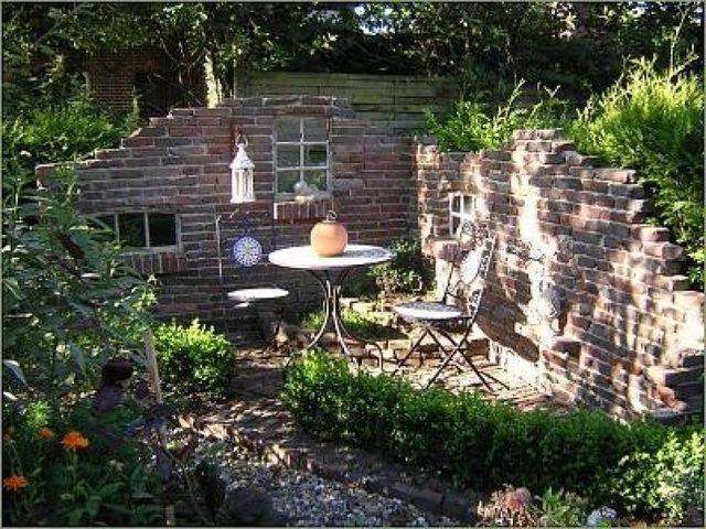 Schon Alte Mauern Im Garten U2013 Gartenhaus Bauen