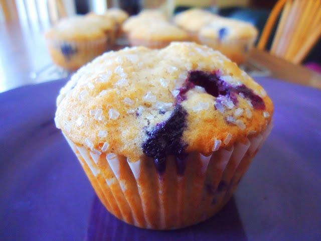 Foodie & Fabulous: Sparkling Blueberry Muffins