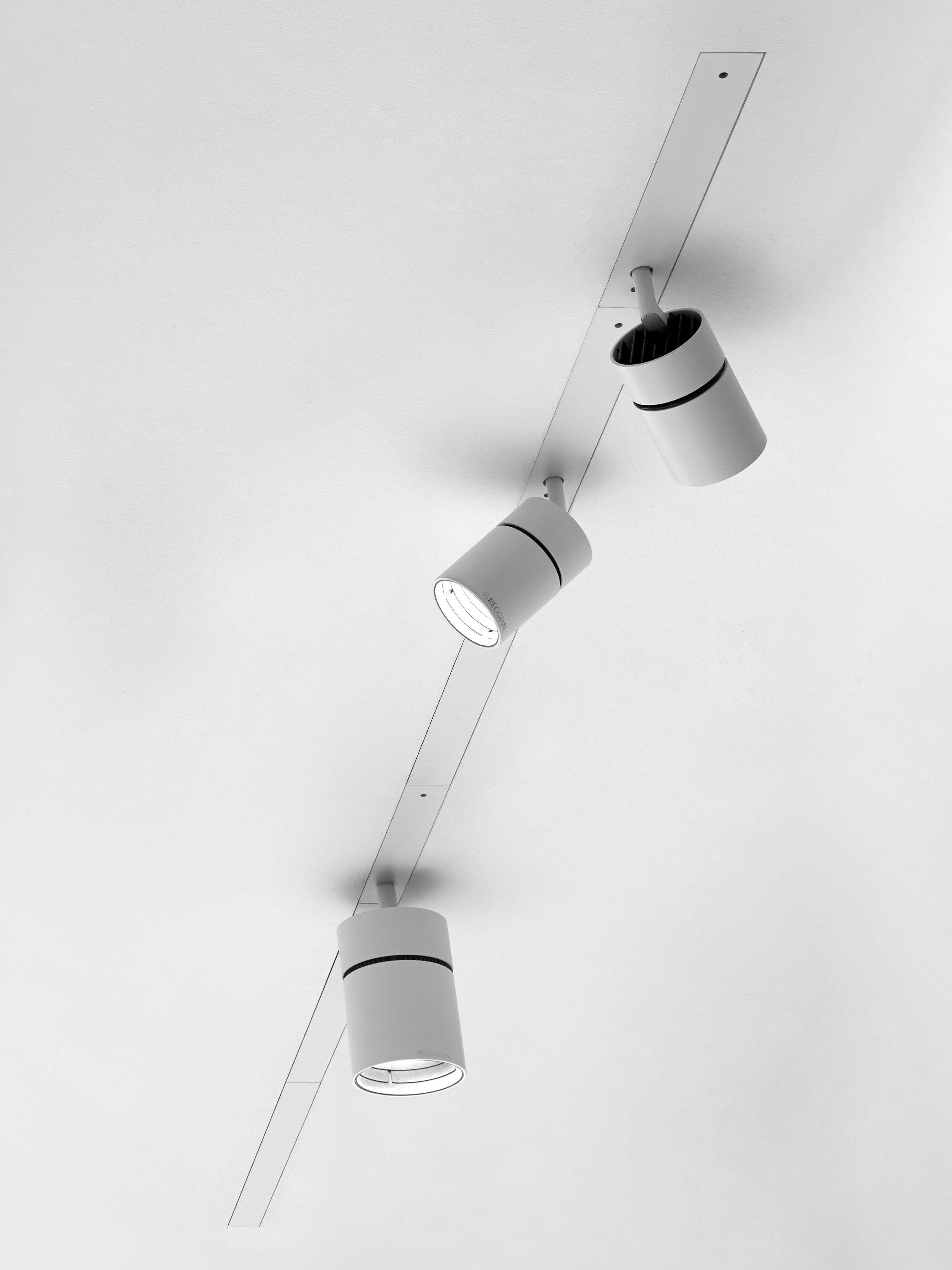 Adjustable Die Cast Aluminium Track Light Yori - Channel  Reggiani