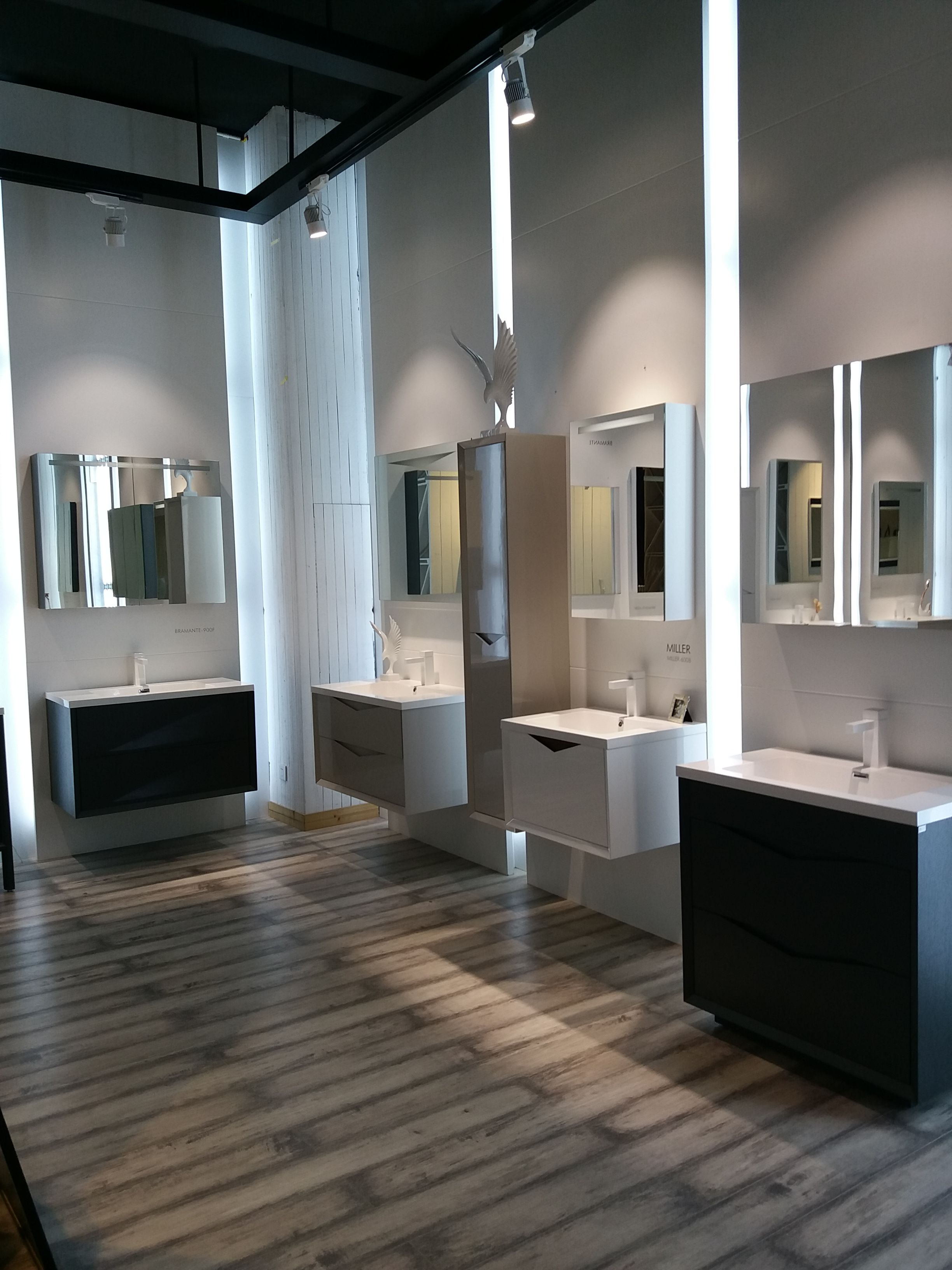 Vumn Bathroom Vanity Showroom Lighted Bathroom Mirror Home Bathroom Vanity