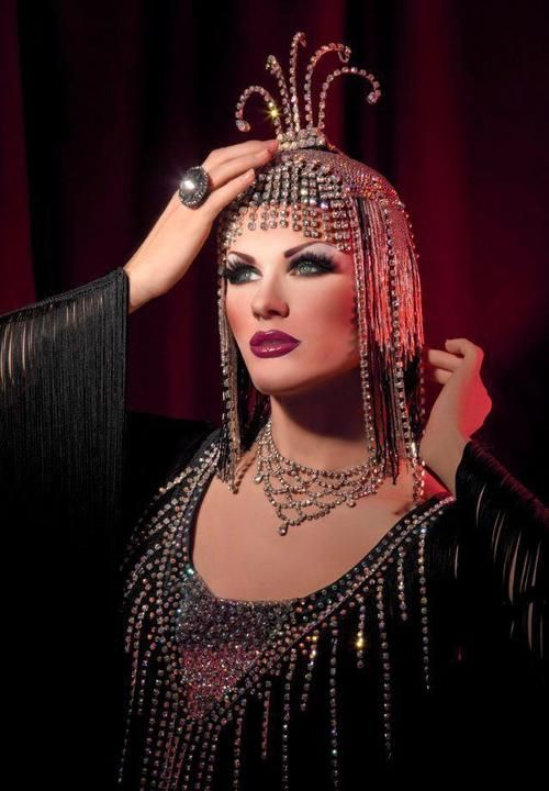 - Season 5 Miss Congeniality Ivy Winters serving some Victor Victoria REALNESS in this fab look!